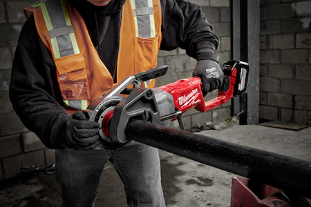 Milwaukee has developed the industry's first cordless pipe threader. The M18 FUELTM Pipe Threader w/ ONE-KEYTM revolutionizes the pipe threading process by delivering unprecedented control for the user.