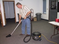 During ComplyAbility's hands-on training, contractors learn how to utilize HEPA filter vacuums during the renovation process in order to keep lead dust to a minimum.