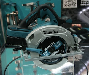 """This is the first 7 1/4-inch saw powered by two 18-volt batteries, making it ultimately a 36-volt saw,"" explained Makita's Mario Lopez."