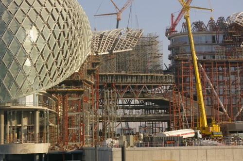 Recent RMD Kwikform projects include the Yas Hotel in Abu Dhabi, which boasts the most innovative and challenging grid-shell shroud support system the world has ever seen. Designed using specially developed 3D software, the heavy-duty Megashor system was used to support 911 node points required for the installation of a landmark steel ladder and glass paneled shroud structure covering The Yas Hotel. When RMD Kwikform Middle East was awarded the contract to support a new 217-metre grid-shell shroud - an expanse of sweeping, curvilinear forms, constructed of steel and 5,096 pivoting diamond-shaped glass panels - the business took on one of the most innovative and exciting structures in the world.